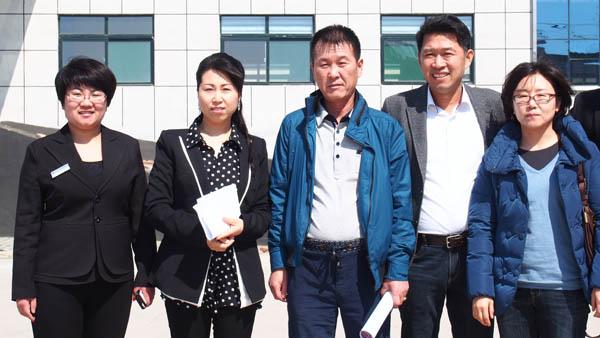 韩国客户考察木屑颗粒机