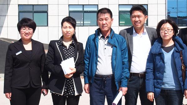 韩国客户考察合影