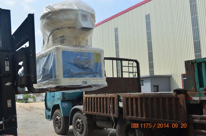 浙江温州一台560木屑颗粒机生产线发货