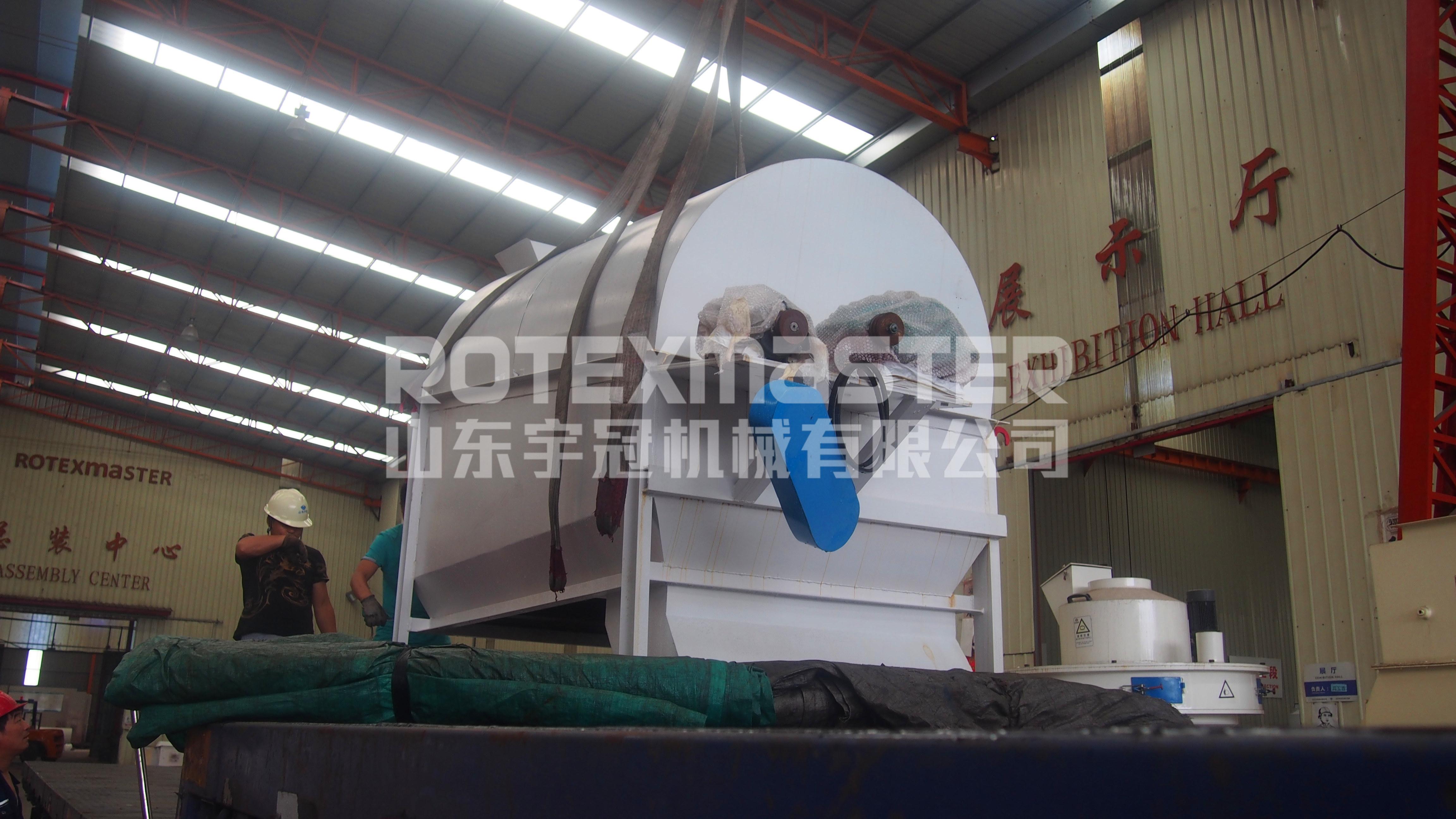 6月26日黑龙江粉碎机发货