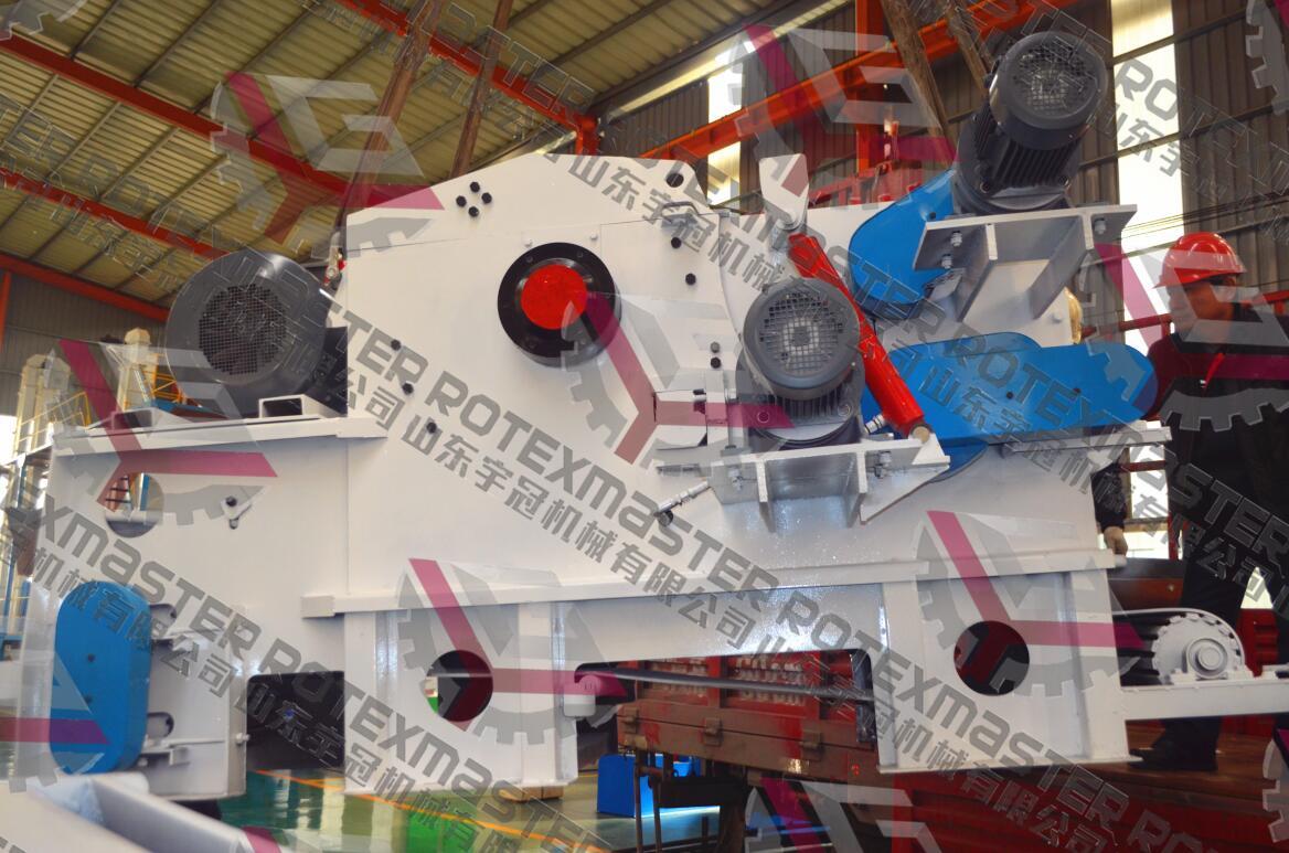 云南216圆木木片破碎机完成装车,顺利发货